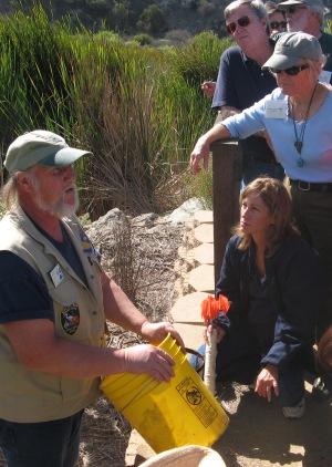 Tom Fox Teaching Naturalist Class